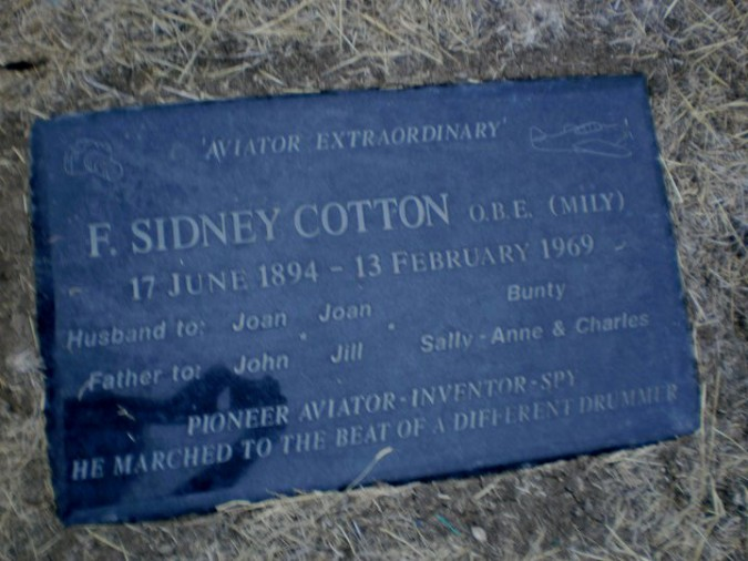 Sid Cotton plaque