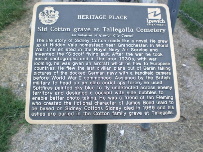 Sidney Cotton heritage sign