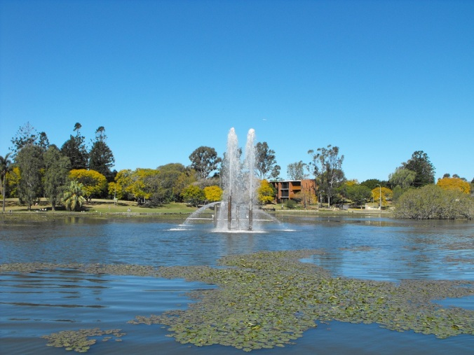 Uni of Queensland lakes