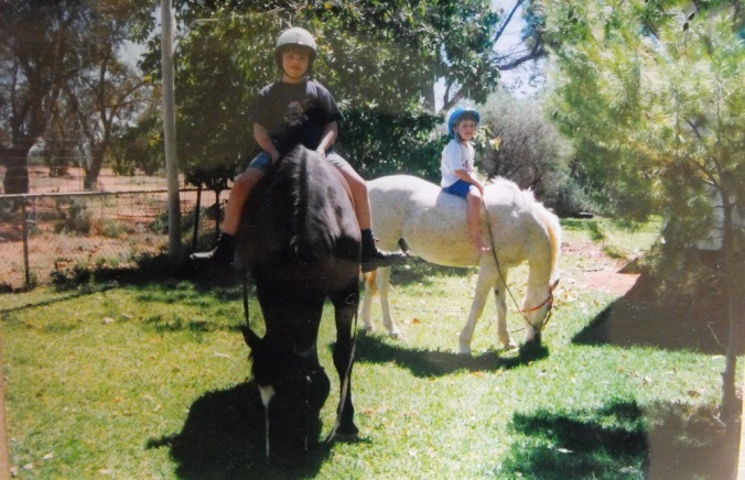 horse-riding-outback