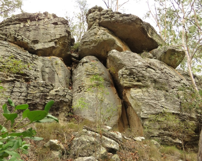 Two Storey Cave Track Rock Formation - Cania Gorge