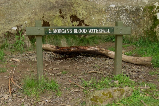 anging-rock-morgans-blood-waterfall